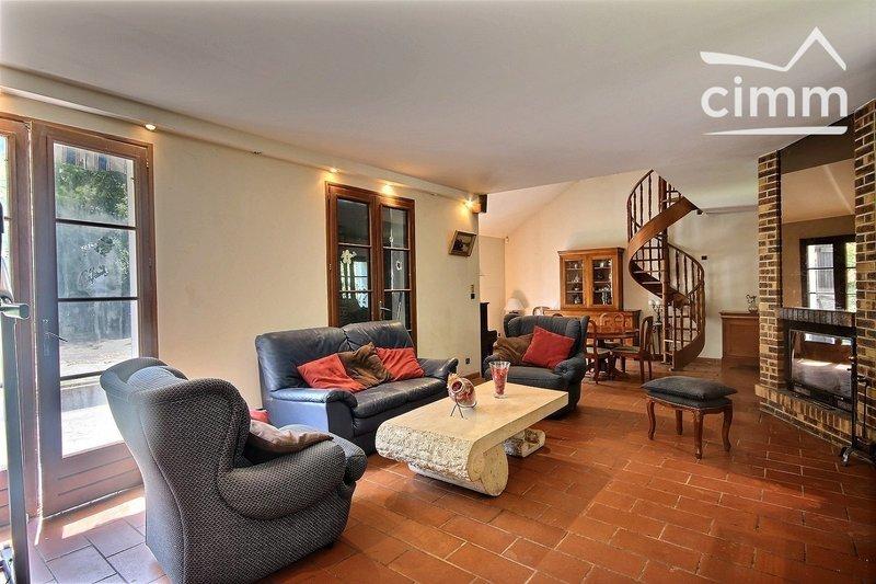 Maison, 280 m²