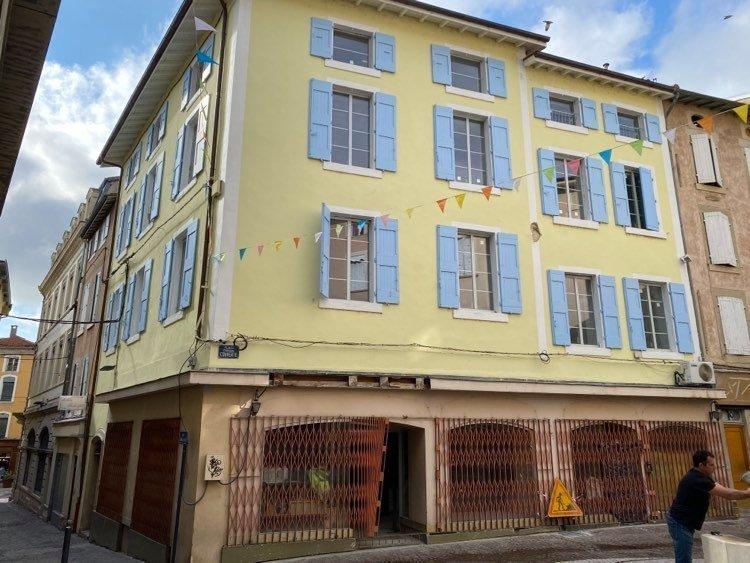 Immeuble, 356,98 m²