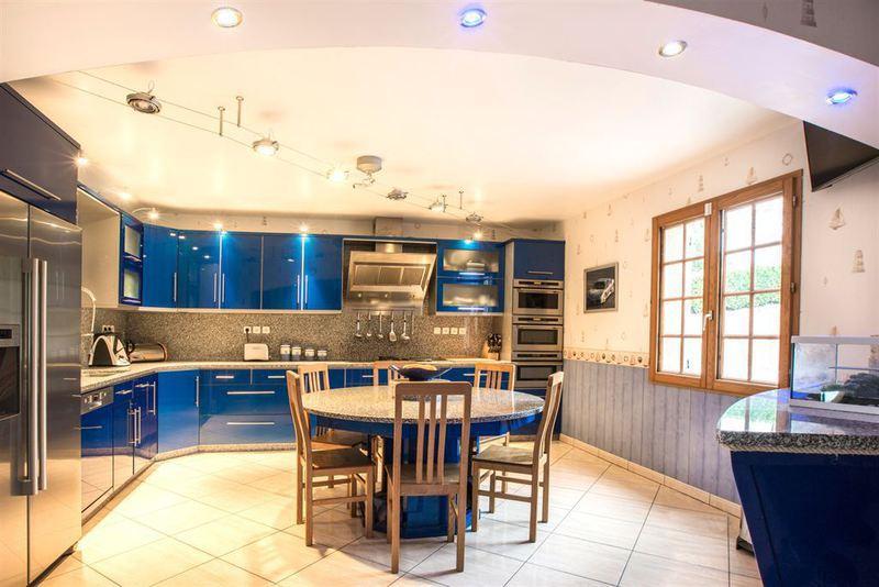 Maison, 438 m²