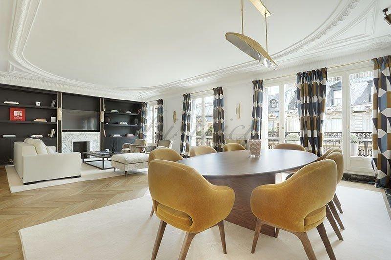 Appartement, 220 m²