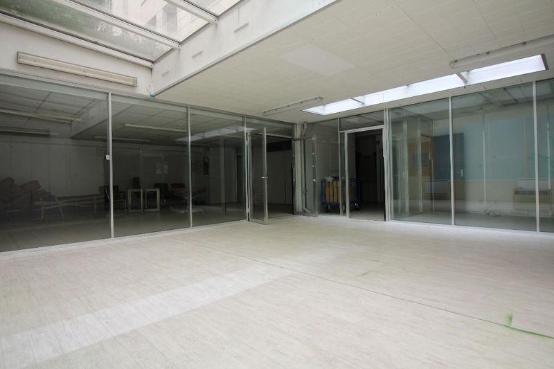 Divers, 330 m²