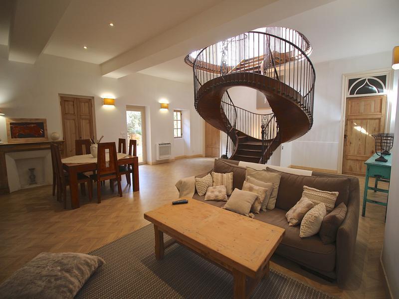 Maison, 331 m²