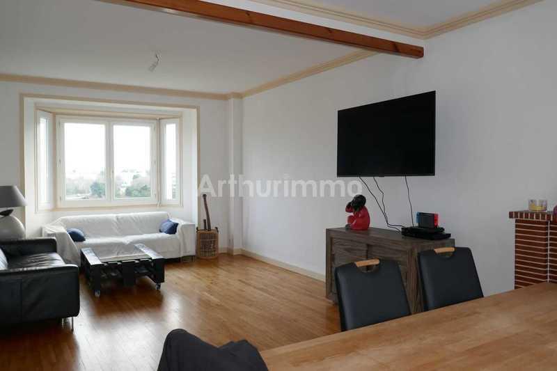 Maison, 216,18 m²