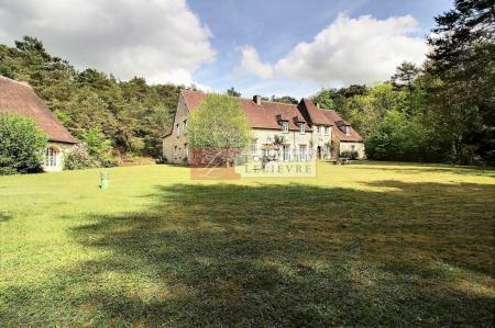 Maison, 654 m²
