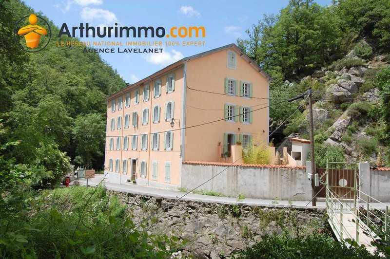 Maison, 1 060 m²