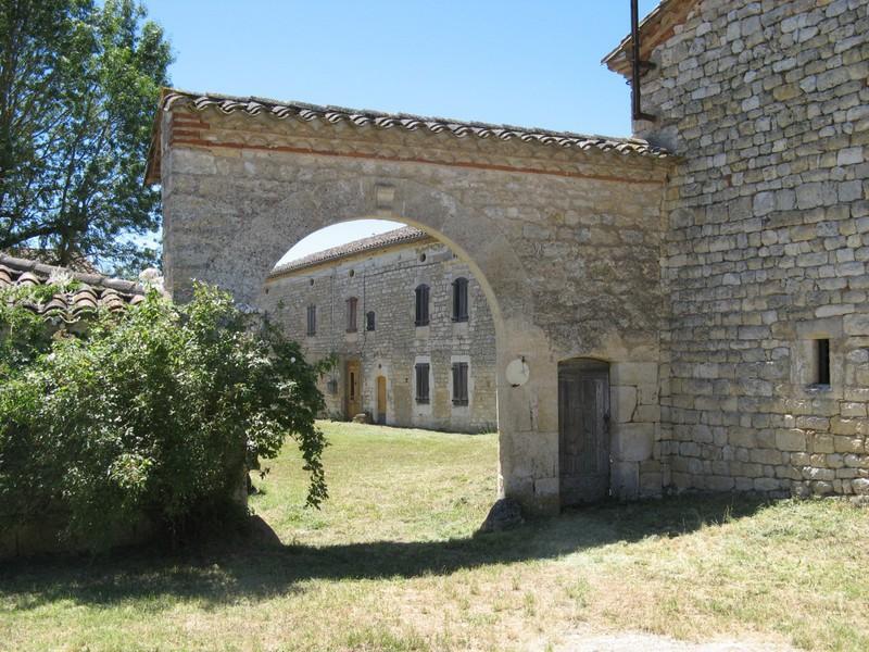 Chateau, 420 m²