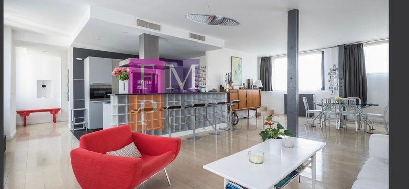 Appartement, 214 m²