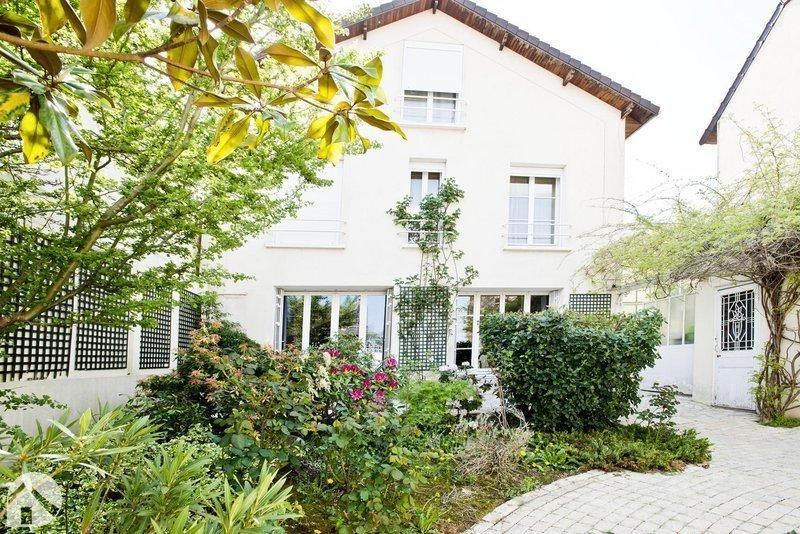 Maison, 224 m²