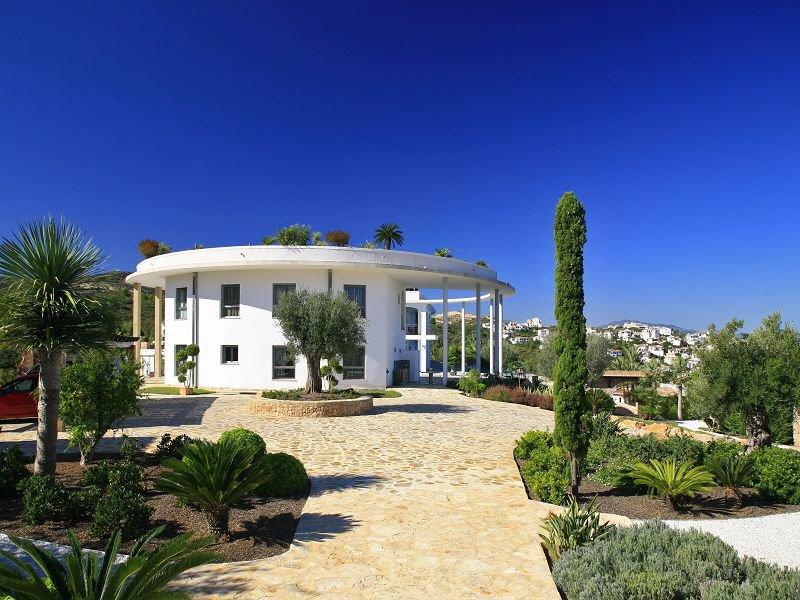 Maison, 2 110 m²