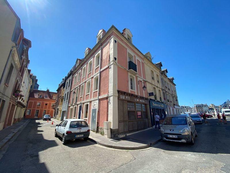 Immeuble, 298 m²