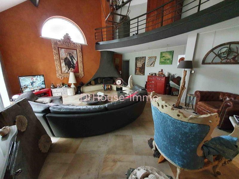 Maison, 284 m²