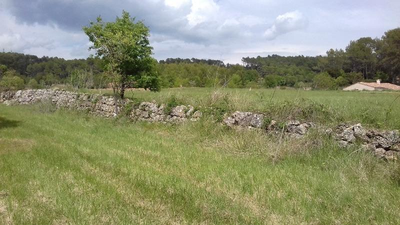 Terrain à bâtir, 690 m²