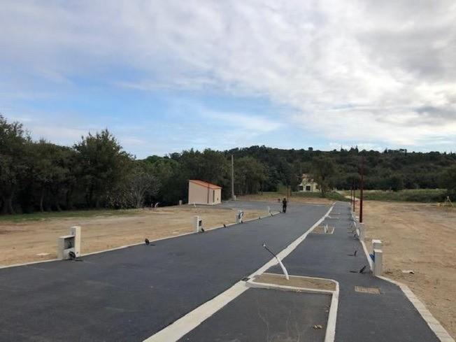 Terrain à bâtir, 557 m²